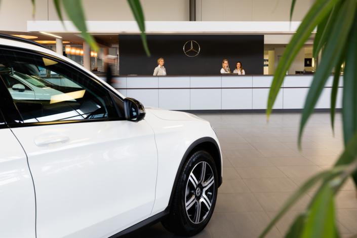 Mercedes Autohaus Empfang